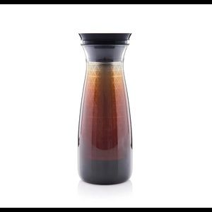 Tupperware cold brew carafe